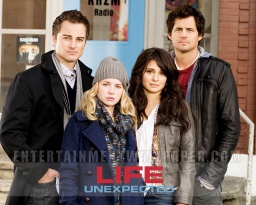 tv_life_unexpected03.jpg