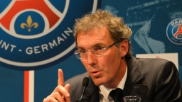 Laurent-Blanc-unfazed-by--005.jpg