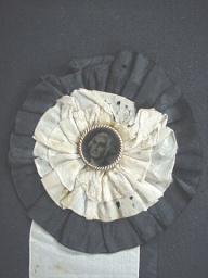 WashingtonCockade2.jpg