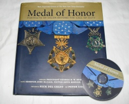 Medal of Honor kniha 1.jpg